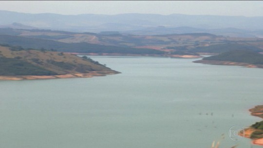Usina de Furnas no Centro-Oeste de MG registra o menor nível no volume de água no mês de julho dos últimos 17 anos