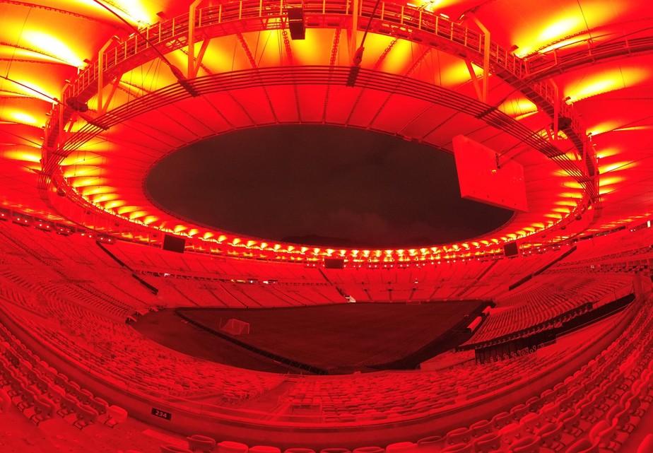 Palco da semifinal da Libertadores, Maracanã se veste de vermelho para Flamengo x Grêmio