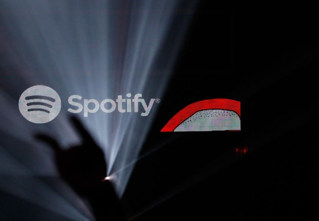 Logo do Spotify em show (Foto: Tim Warner/Getty Images for Spotify)