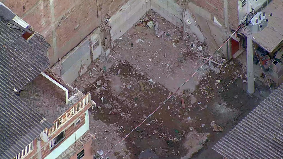 Área do prédio que desabou em Rio das Pedras já foi limpa — Foto: Reprodução/TV Globo