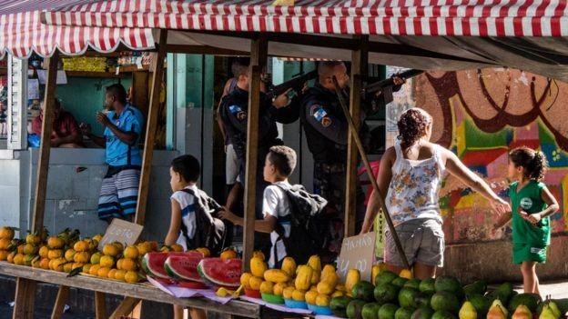 'Resultados reforçam a relevância do desenvolvimento de políticas preventivas voltadas para a infância e a adolescência e de iniciativas que levem em conta vulnerabilidades do contexto familiar', diz Willadino. (Foto: BENTO FABIO/Via BBC News Brasil)