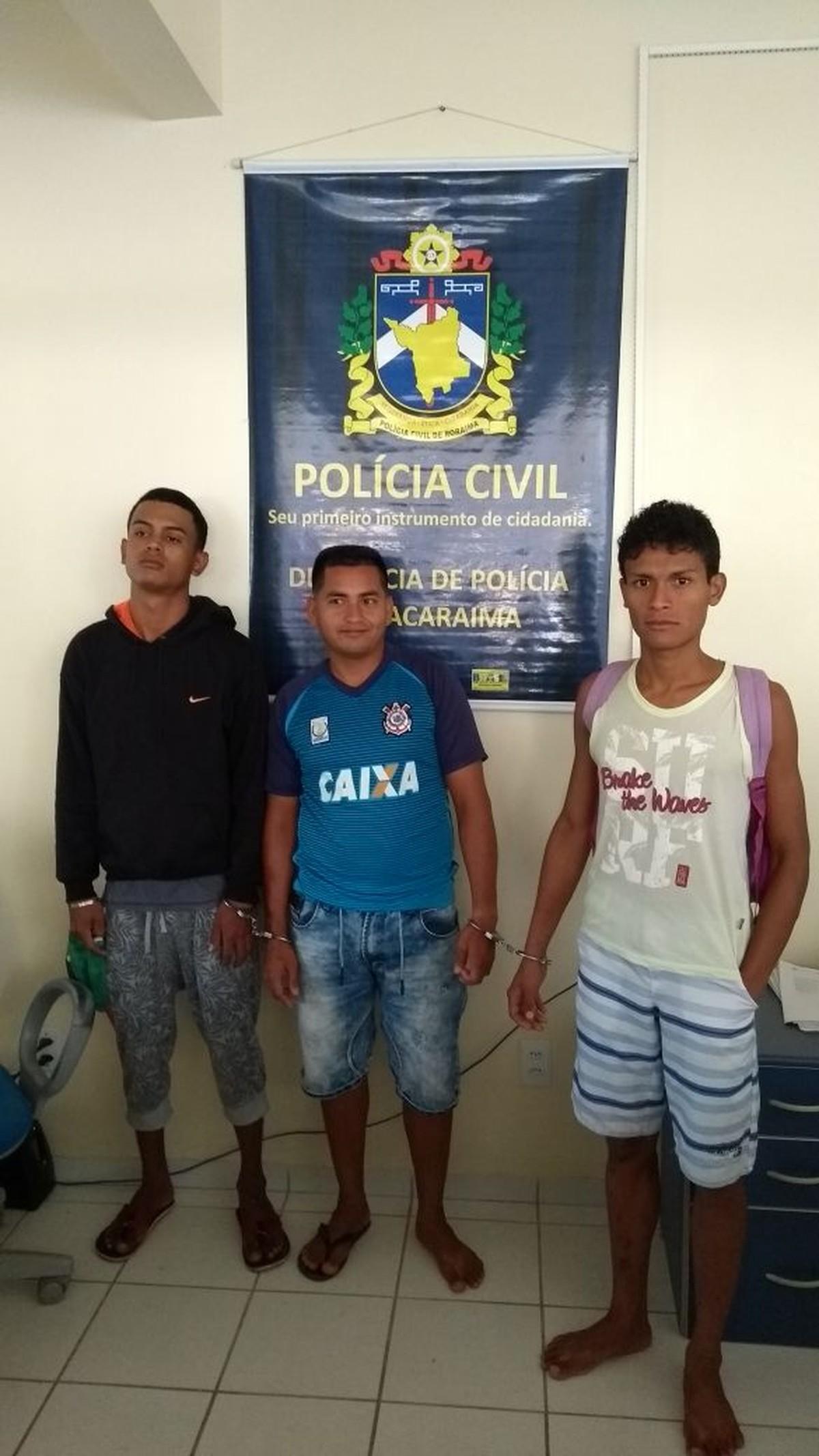 Dois venezuelanos e um brasileiro são presos suspeitos integrar grupo que aterrorizou Pacaraima, em RR