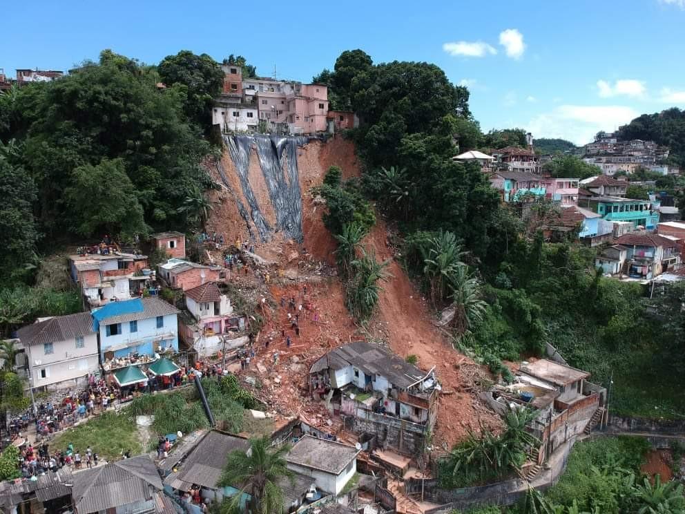 Moradores de Santos afetados por deslizamentos em março podem sacar o FGTS