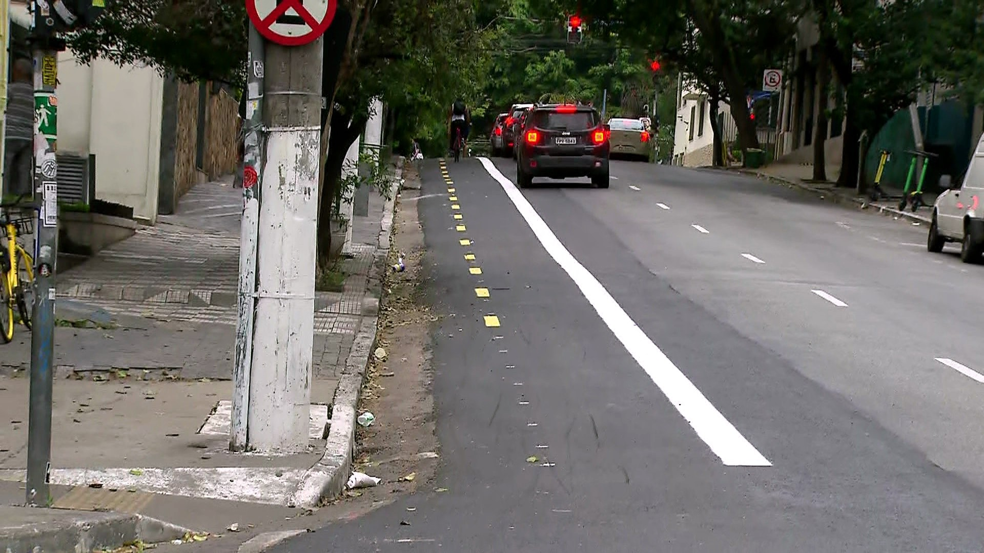 Prefeitura apaga a cor vermelha das ciclovias de São Paulo - Notícias - Plantão Diário