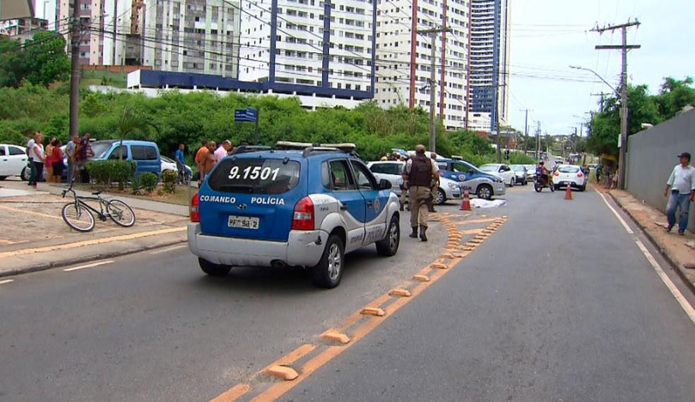Crime aconteceu na manhã deste sábado, bairro de Luiz Anselmo, em Salvador (Foto: Reprodução/TV Bahia)