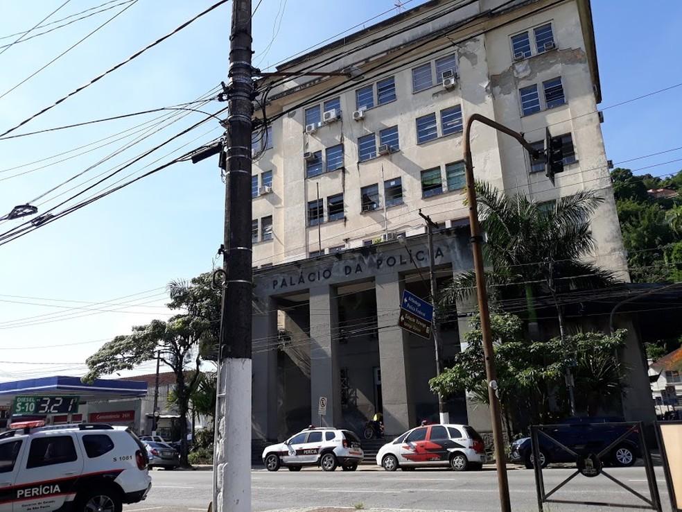 O flagrante foi registrado pela Central de Polícia Judiciária (CPJ) de Santos. — Foto: Liliane Souza/G1 Santos