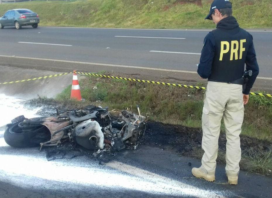 Acidente entre motos deixa três feridos na BR-277, em Guarapuava