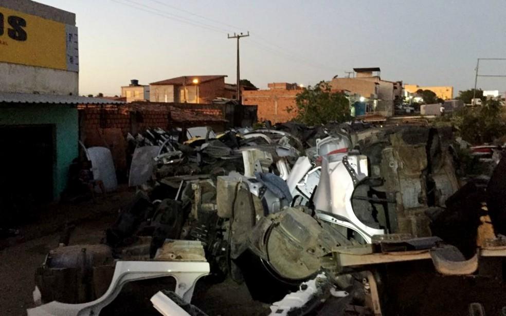 As peças dos carros eram encaminhadas para estabelecimentos de autopeças em Feira de Santana (Foto: Divulgação / Polícia Civil)
