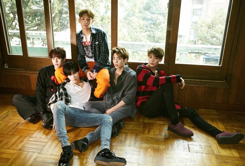 Integrantes da banda Shinee (Foto: Reprodução/Facebook)