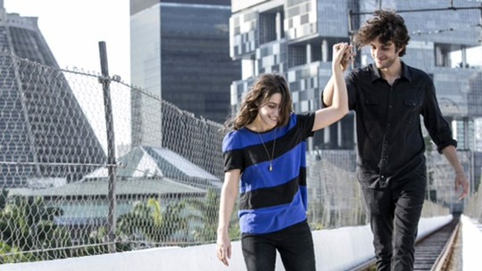 Bombou na web: Público 'shippa' final feliz de Rafael e Laís