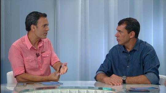 """Carille revela ideia de livro sobre ano do Corinthians e cita """"capítulos especiais"""""""