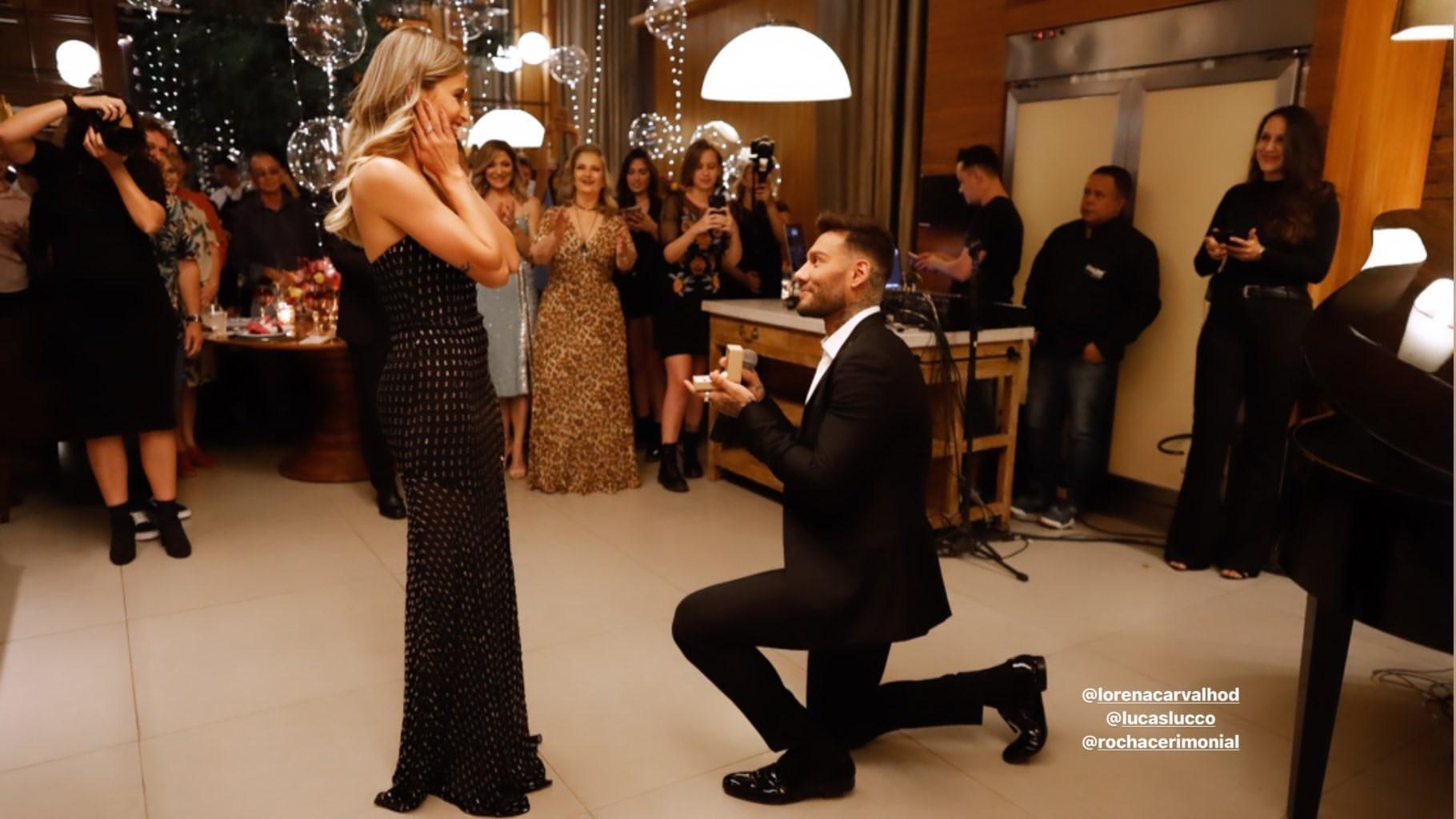 Resultado de imagem para Lucas Lucco dá detalhes do casamento com Lorena Carvalho