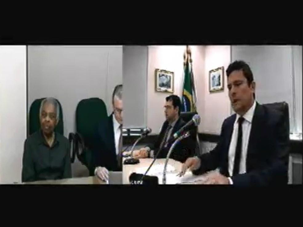 Gilberto Gil prestou depoimento a Moro, na quinta-feira (9), como testemunha de defesa de Lula (Foto: Reprodução)
