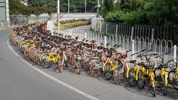 A ascensão do sistema de compartilhamento de bicicletas mostrou o potencial de investimentos em opções alternativas de mobilidade (Foto: GETTY IMAGES)