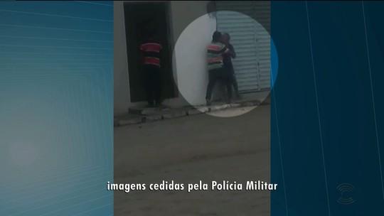 Homem é preso suspeito de agredir a mãe em dois dias seguidos, em Baraúna, PB