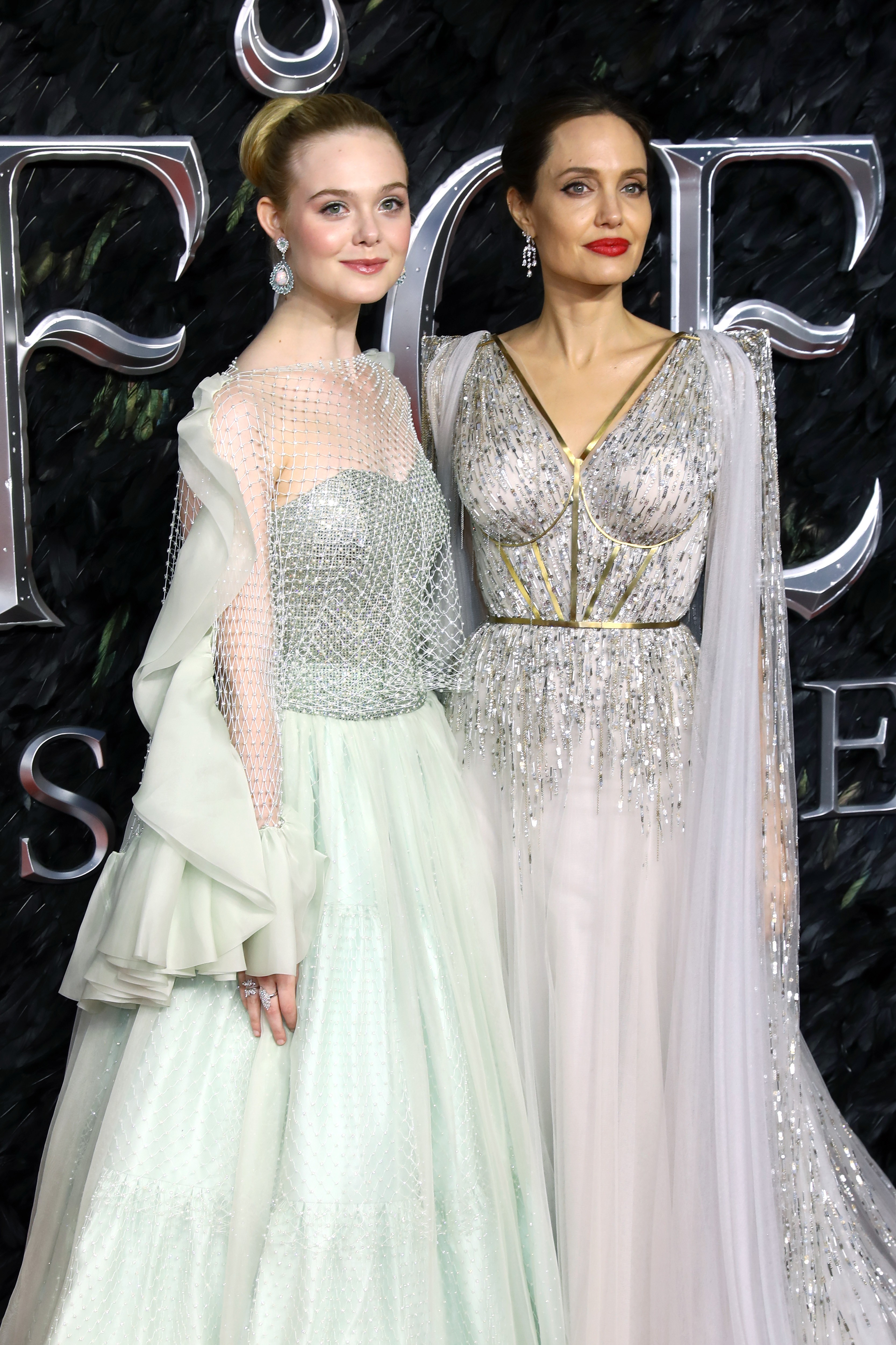 Elle Fanning e Angelina Jolie (Foto: Getty Images)