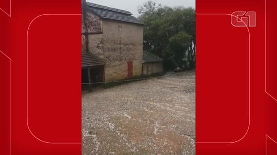 Chuva de granizo é registrada em várias cidades do interior do RS