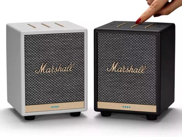 Caixa de som da Marshal tem design minimalista e suporte para assistente de voz