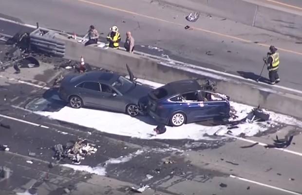 Acidente fatal com veículo da Tesla (Foto: Reprodução)
