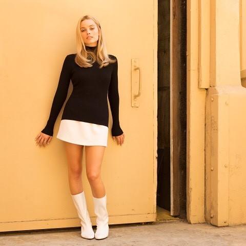 A atriz Margot Robbie como Sharon Tate (Foto: Reprodução Instagram)
