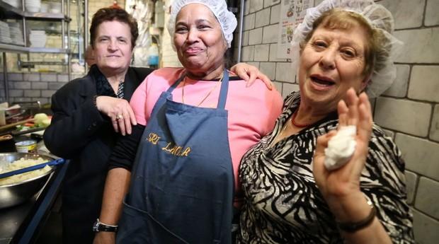 Algumas das avós da Enoteca Maria (Foto: Divulgação)