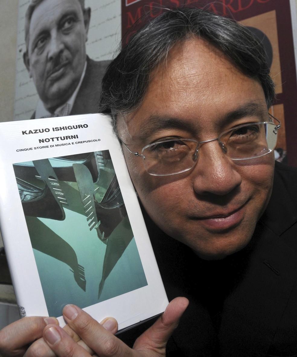 Kazuo Ishiguro durante lançamento do livro