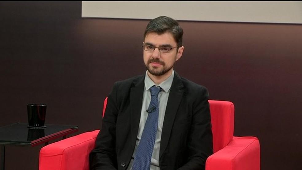 Central das Eleições entrevistou o economista Guilherme Mello (PT) — Foto: GloboNews/Reprodução