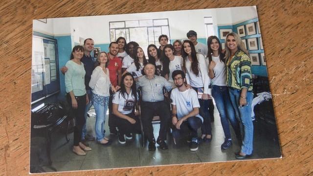 Atualmente aposentado, Strul dedica-se a manter viva lembrança do Holocausto por meio de palestras em escolas e eventos (Foto: Gui Christ / BBC)