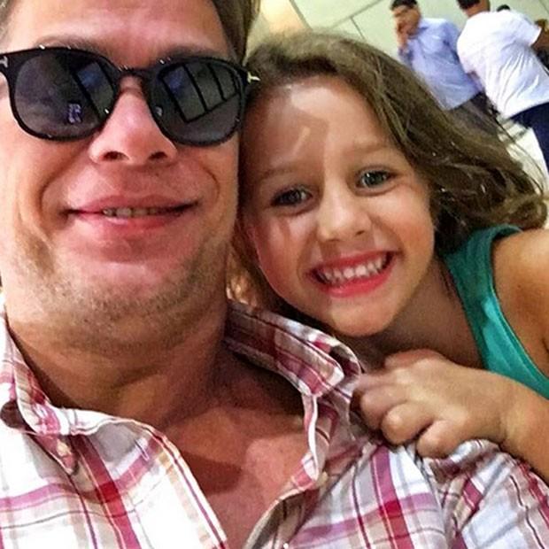 Fábio Assunção e Ella (Foto: Reprodução)