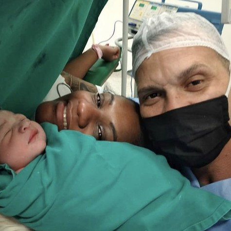 Rogério Casanova se tornou pai recentemente  (Foto: Reprodução)