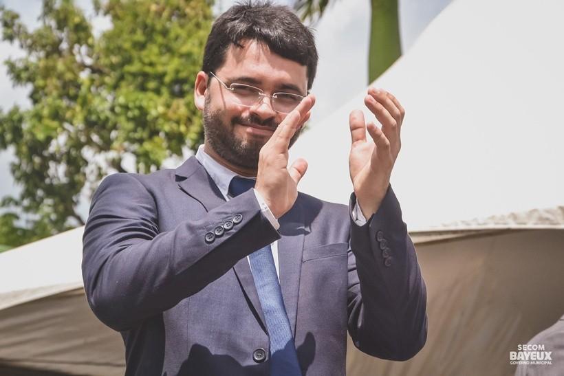 Ex-prefeito de Bayeux Berg Lima é multado em R$ 2 mil pelo TCE-PB por irregularidade em contas