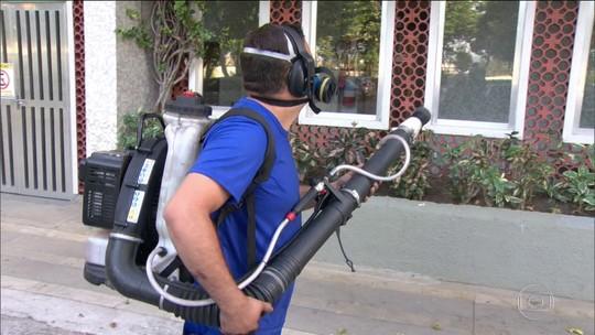 Ministério da Saúde vai devolver 400 mil litros de inseticida usado no combate à dengue que estão vencidos