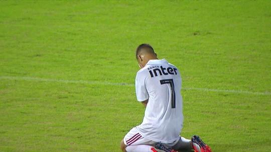Antony, do São Paulo, promete gol para torcedora que luta contra câncer e se emociona ao marcar