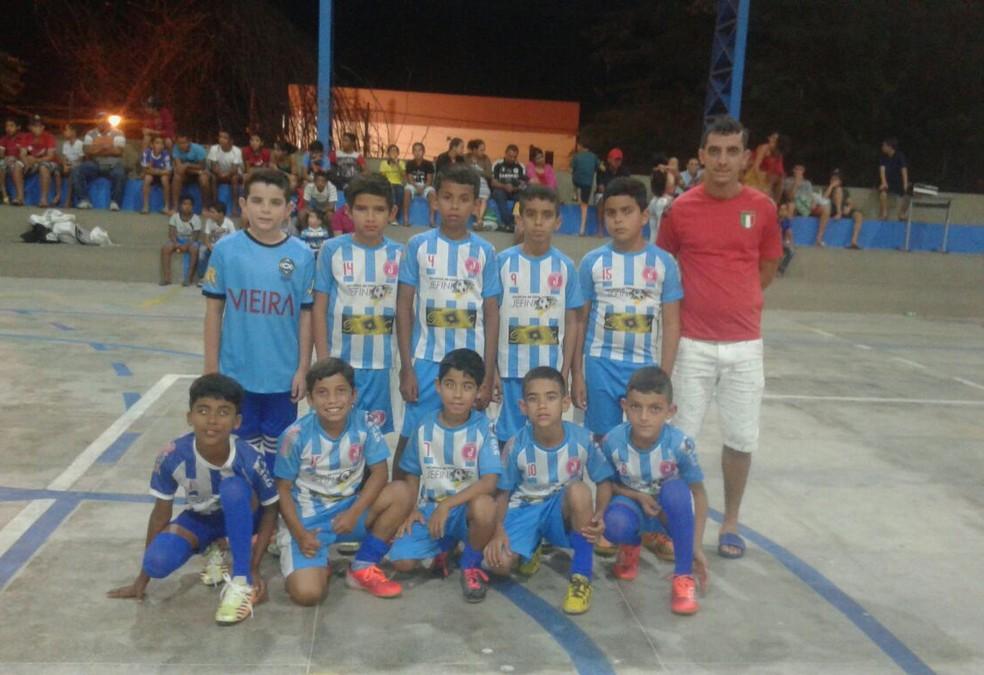Equipe quer fazer bonito na competição (Foto: Divulgação / Seleção de Jataúba)