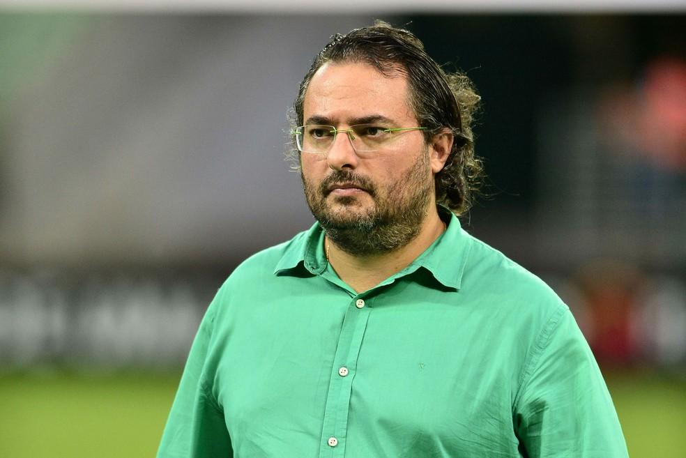 Alexandre Mattos, diretor de futebol do Palmeiras (Foto: Marcos Ribolli)
