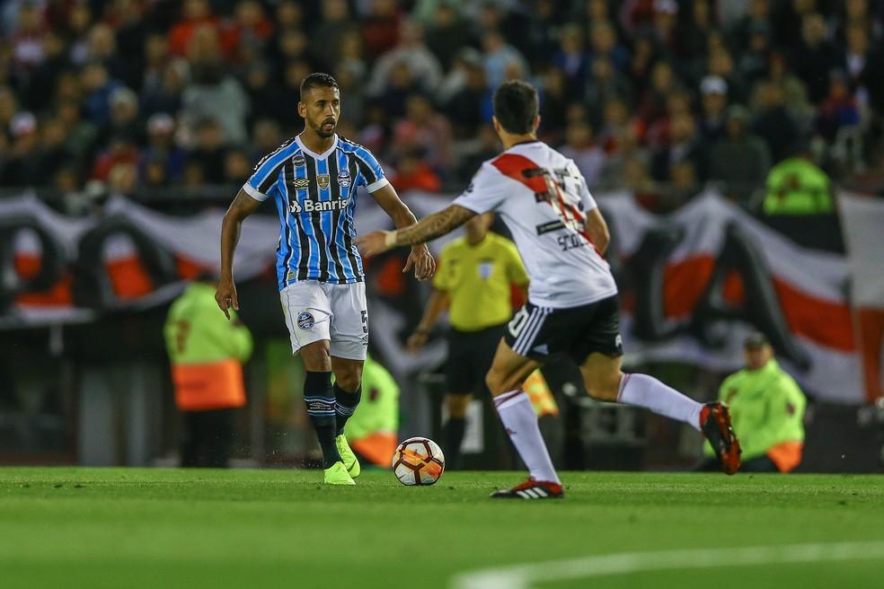 Michel foi o melhor em campo na partida em Buenos Aires — Foto: Lucas Uebel/Grêmio/Divulgação
