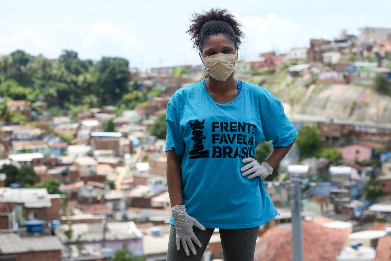 Rede de solidariedade em comunidades do Recife compartilha desde informações sobre Covid-19 até cestas básicas