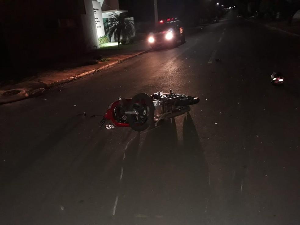 Motociclista morre após acidente com carro e motorista foge sem presta socorro, em Costa Rica (MS). — Foto: Polícia Civil/Divulgação