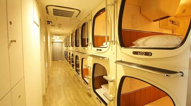 Hotéis cápsula são símbolos do Japão (Foto: Hotels.com)