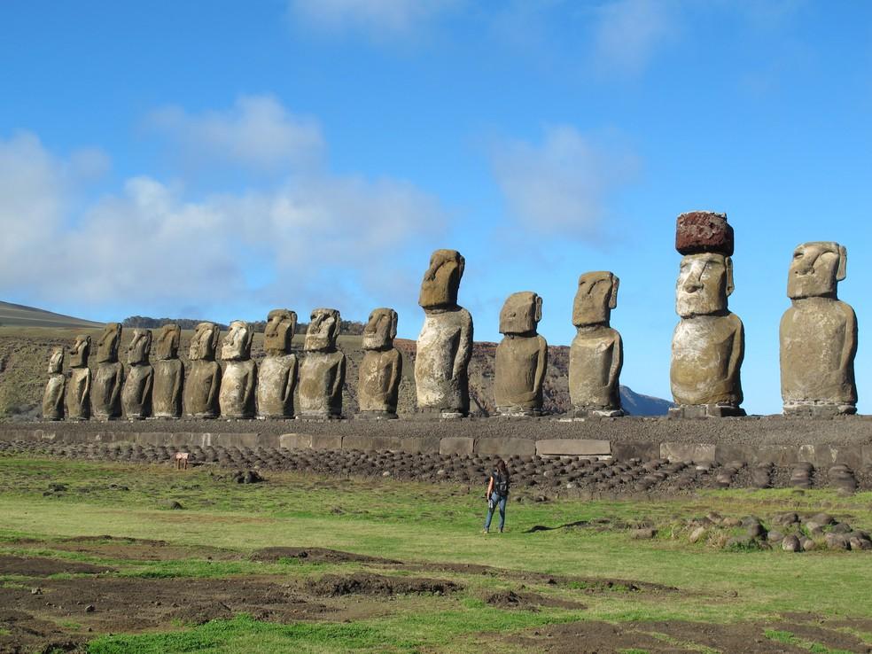 -  Ilha de Páscoa, chamada de Rapa Nui pelos aborígenes, é famosa por seus moais  Foto: AP