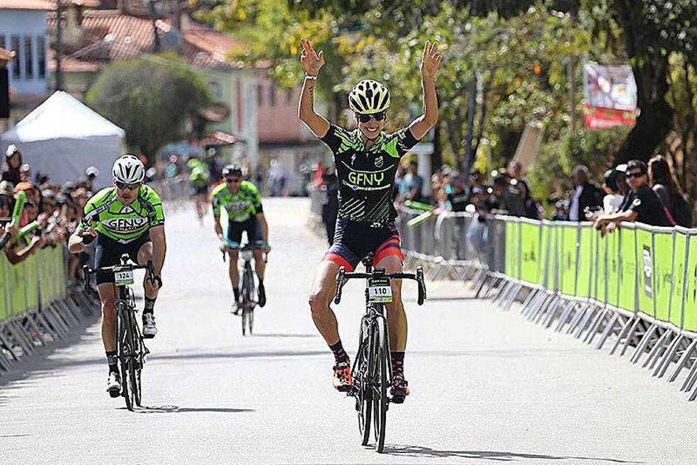 Marcella Toldi representa Brasil em elite do Ciclismo mundial (Foto: Reprodução)