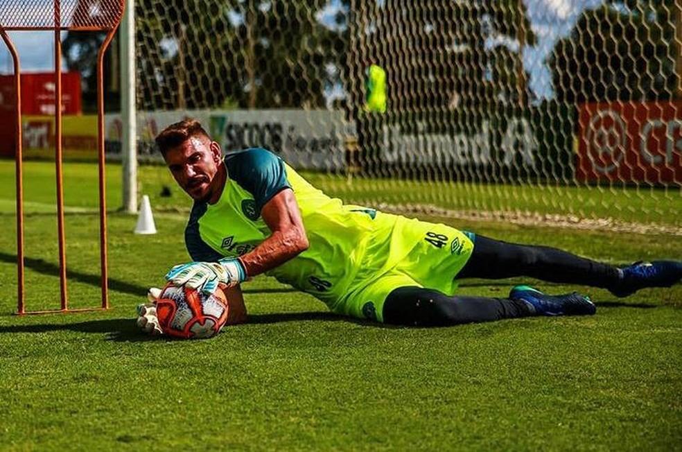 João Ricardo se prepara para volta dos jogos pelo Catarinense — Foto: Márcio Cunha / Chapecoense