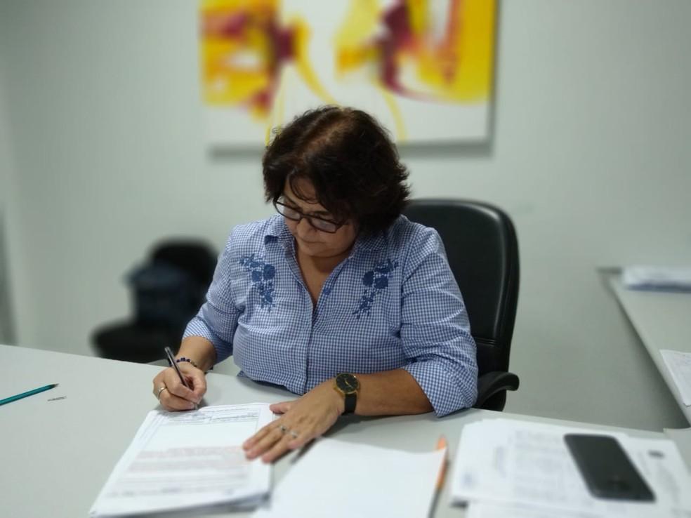 leila Matos, subcoordenadora da Suvisa — Foto: Oscar Xavier/Inter TV Cabugi