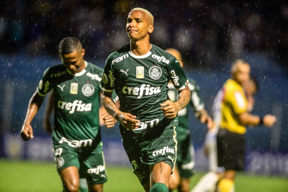 Deyverson, em Avaí x Palmeiras — Foto: Agência Estado