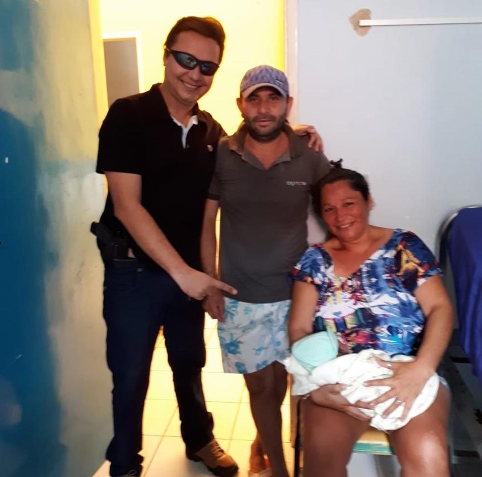 Policial ajudou no parte no interior do Ceará (Foto: Arquivo pessoal)