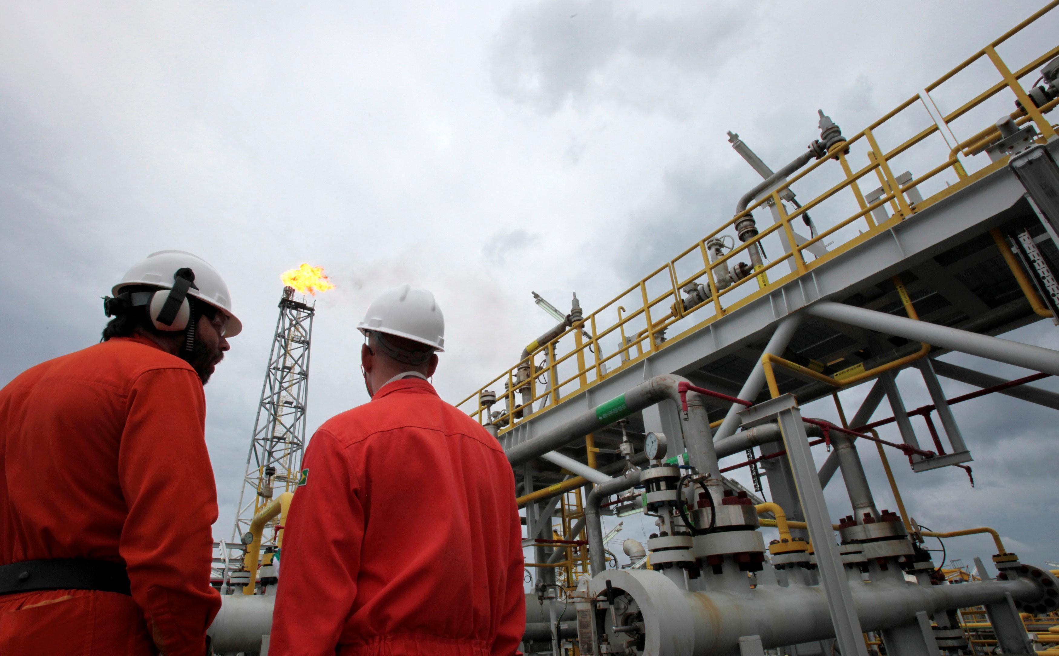 Estado do RJ deve receber R$ 14,8 bilhões em royalties de petróleo em 2020 - Notícias - Plantão Diário
