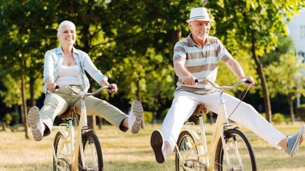 Fazer exercícios, não fumar e adotar uma boa dieta têm efeito direto sobre a idade 'real' das pessoas, segundo a pesquisadora de Yale Morgan Levine (Foto: YACOBCHUK)
