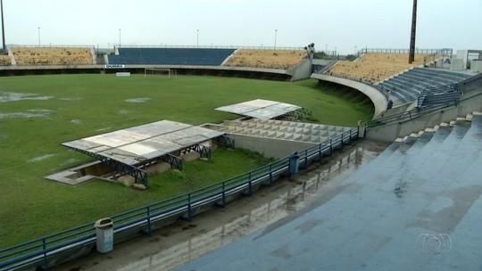 Vistoria da CBF é adiada no estádio Nilton Santos devido à chuva