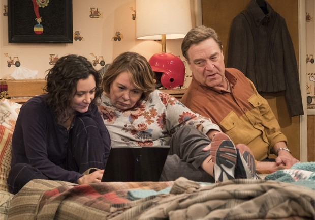 Sara Gilbert, Roseanne Barr e John Goodman (Foto: Divulgação/ABC)