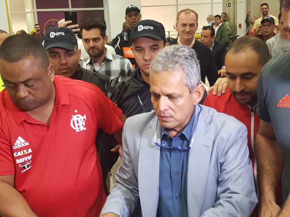 Rueda chegou ao Rio na manhã deste domingo (Foto: Marcelo Baltar)